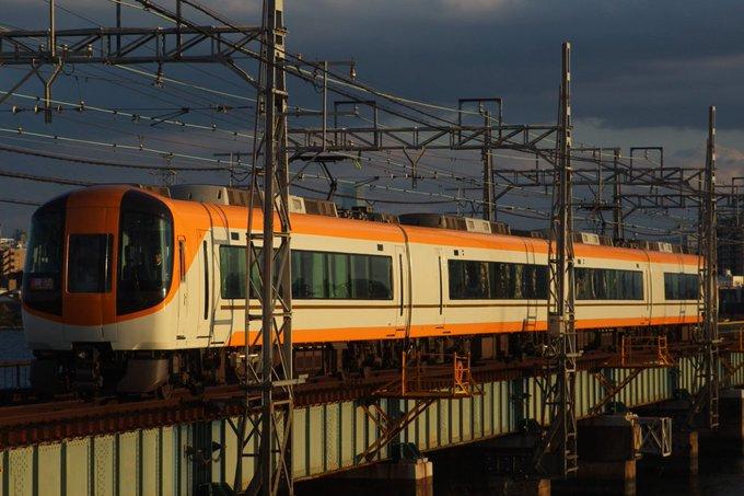 近鉄特急 阪神 淀川 新塗装 22600